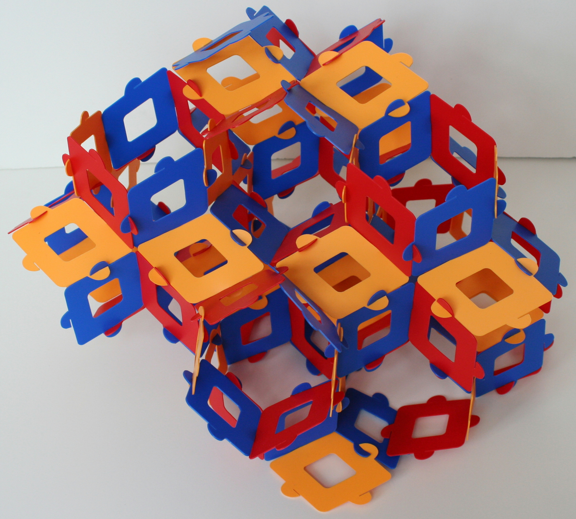 Infinite polyhedron based on the space tessellation with rhombic dodecahedra