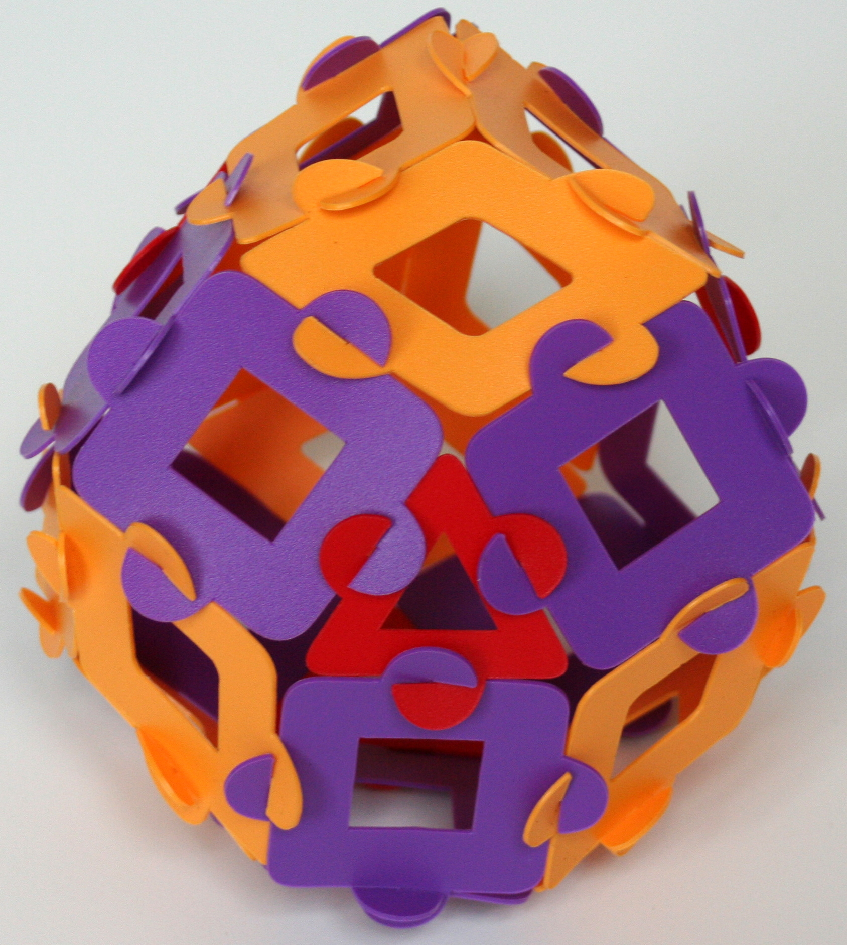 Tetrahedrally expanded rhombic dodecahedron
